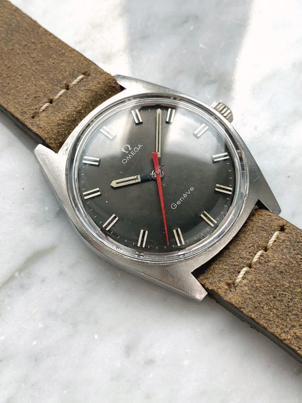 Beautiful Vintage Omega Geneve Handwinding Grey Dial Red Seconds Hand