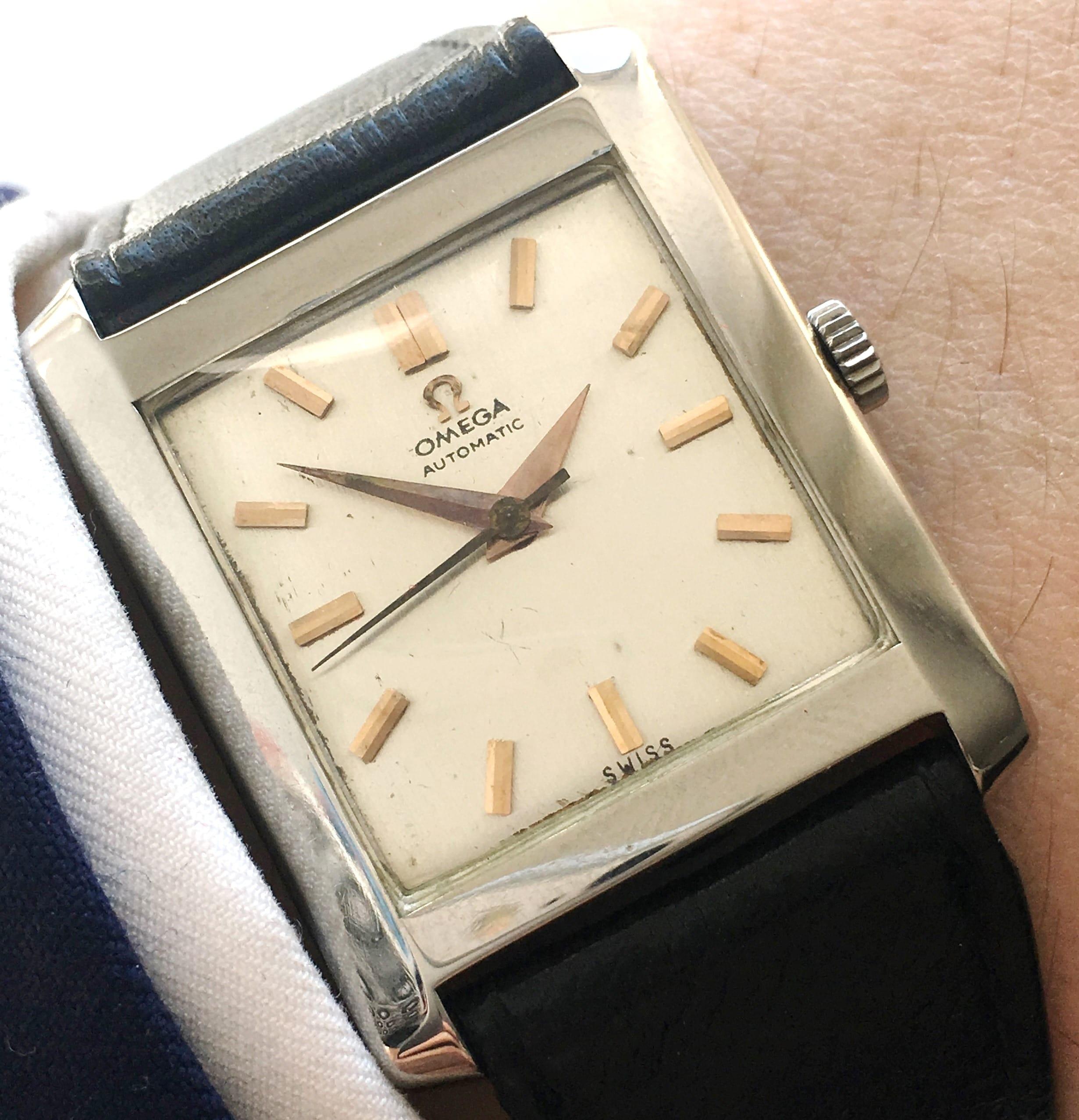 art deco omega watch with linen dial automatik vintage portfolio. Black Bedroom Furniture Sets. Home Design Ideas
