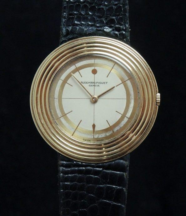 Ultrathin 35mm Vintage Audemars Piguet in solid gold