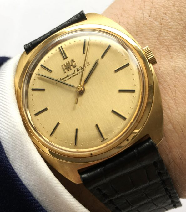 Amazing IWC  Solid Gold  Vintage Linen dial