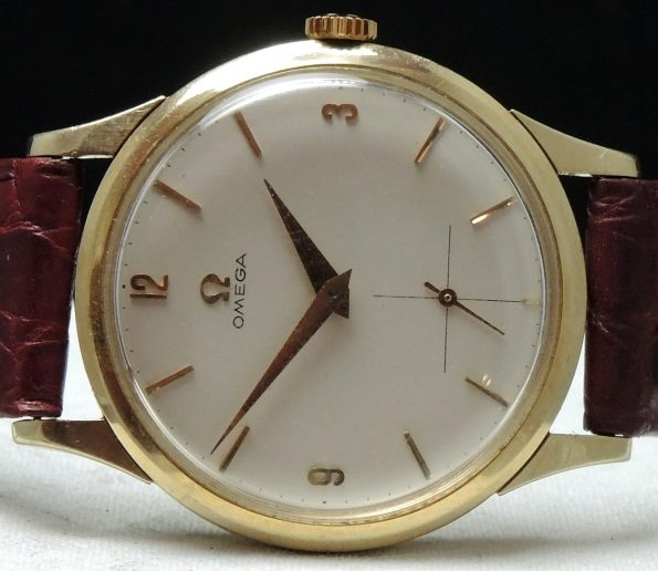 Perfect Omega 35mm Vintage solid gold
