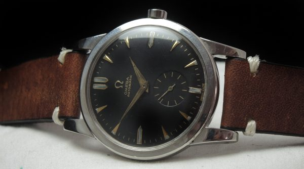 Wonderful Omega black dial Automatic Vintage Calatrava