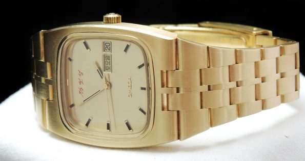 Omega Constellation 18ct Gold North Korea Dictators Signatur
