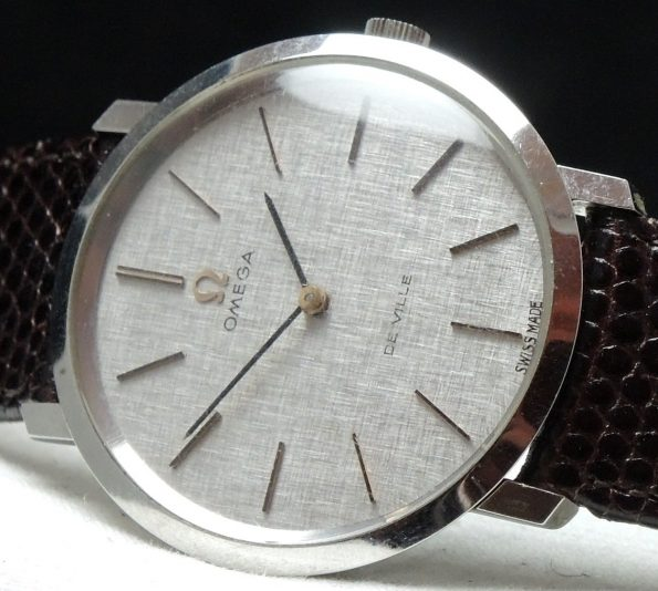 Perfect Omega De Vill Linen Dialed Vintage Watch 33mm