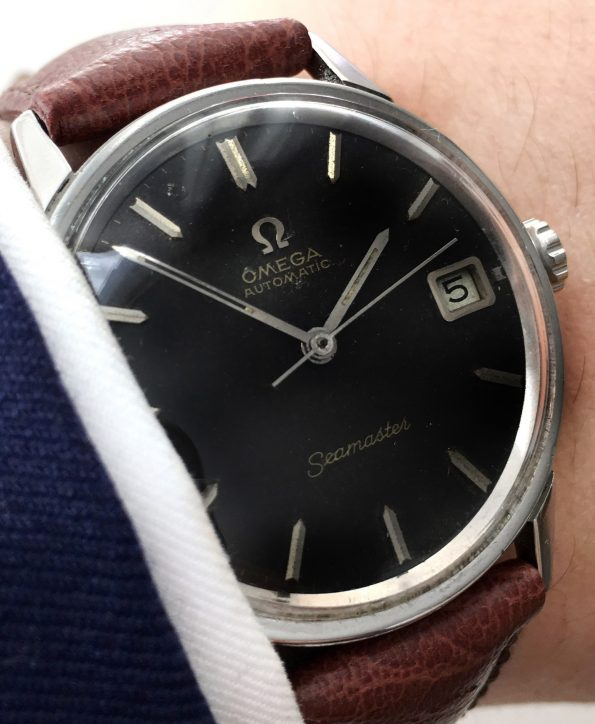 Perfect  Omega Seamaster Automatic Automatik black dial steel