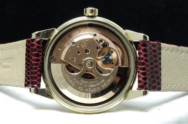 35mm Omega Seamaster Calendar Automatic black dial