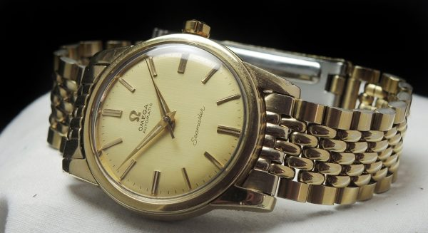 Perfect Omega Seamaster Automatik Automatic Linen dial