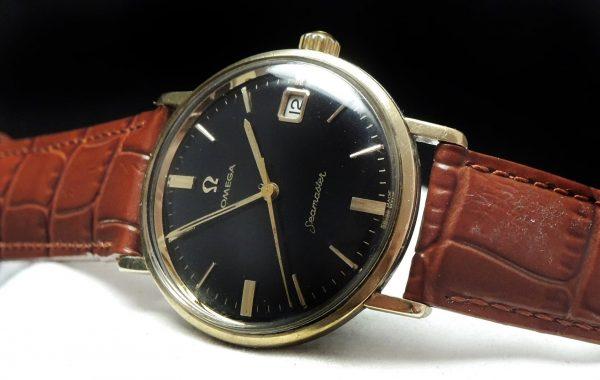 Amazing Omega Seamaster black dial Date
