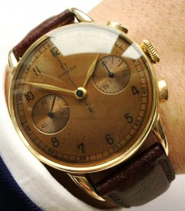 Omega Solid Gold 33.3 Chronograph a1572 (1)
