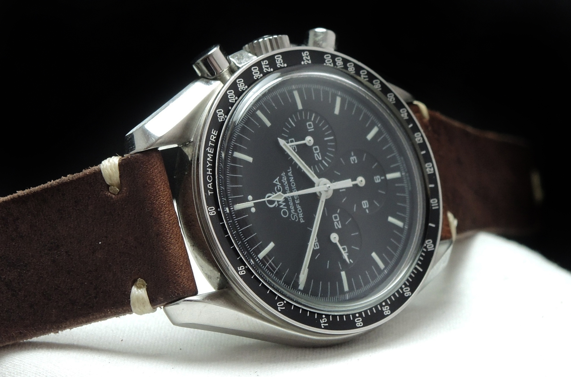 Omega Speedmaster Professional Moonwatch Original Papers ...