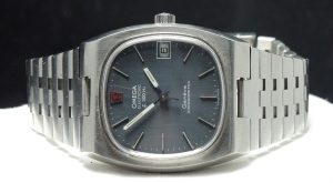 Omega electronic f300hz chronometer a1582 (1)