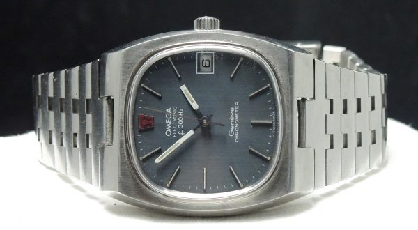 Original Omega Electronic f300 hz Chronometer blue linen dial