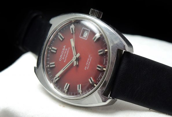 Oriosa with red dial Automatic Automatik Vintage