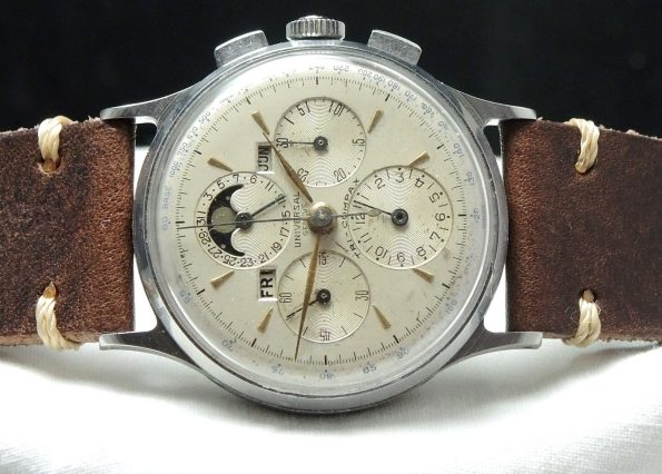 Serviced Universal Geneve Tri Compax Vintage Moonphase
