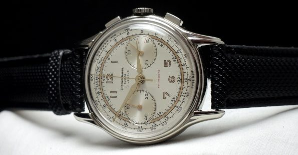 Perfect Chronograph Suisse Vintage Chrono in Steel Stahl