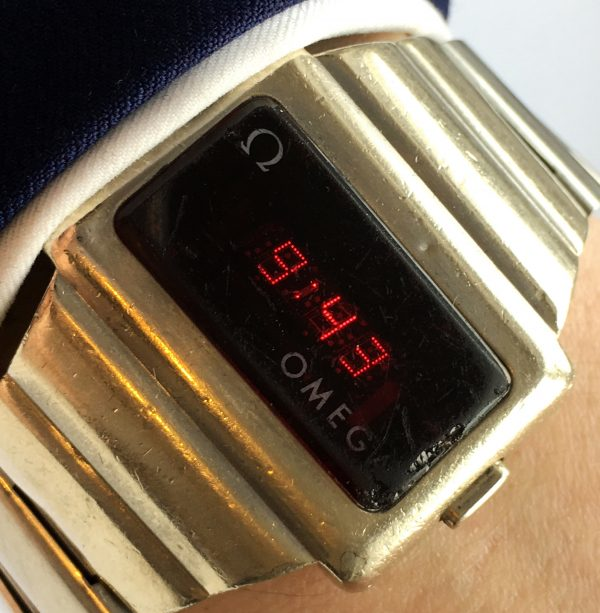 Omega LCD Red Time Computer Watch
