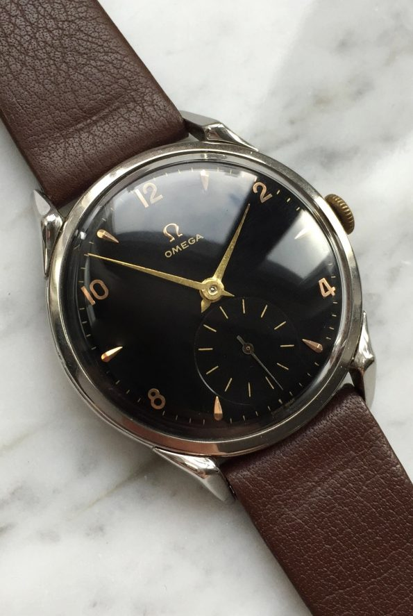 Beautiful Vintage Omega Seamaster Black Dial with rare Spider Lugs
