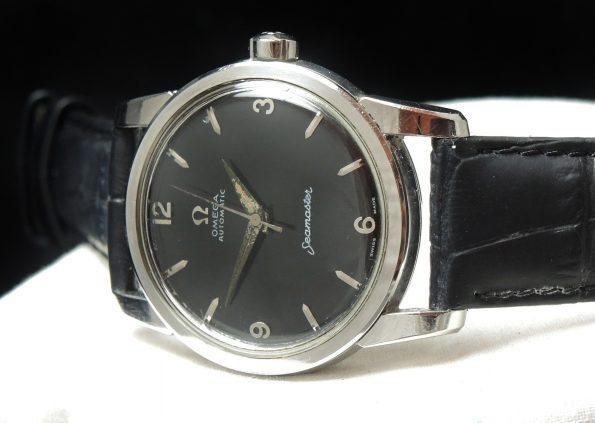 Omega Seamaster Automatic Steel black dial