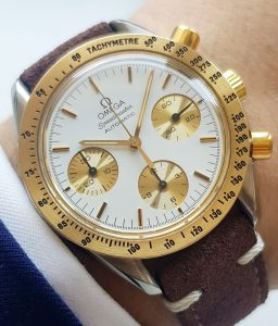 a2186 omega speedmaster reduced gold (1)