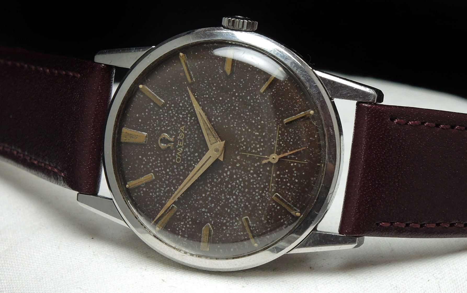 Chocolate Dial Omega Handwinding Watch Vintage