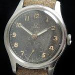 a2570 omega black dial patina (2)