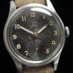a2570 omega black dial patina (3)