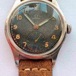 a2570 omega black dial patina (6)