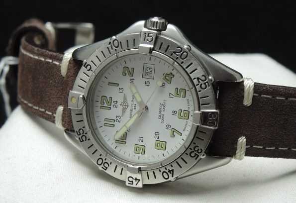Breitling Colt Quartz in Fantastic Condition Full Set