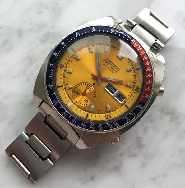 Gorgeous Seiko Chronograph Pepsi Pogue with original Seiko Bracelet