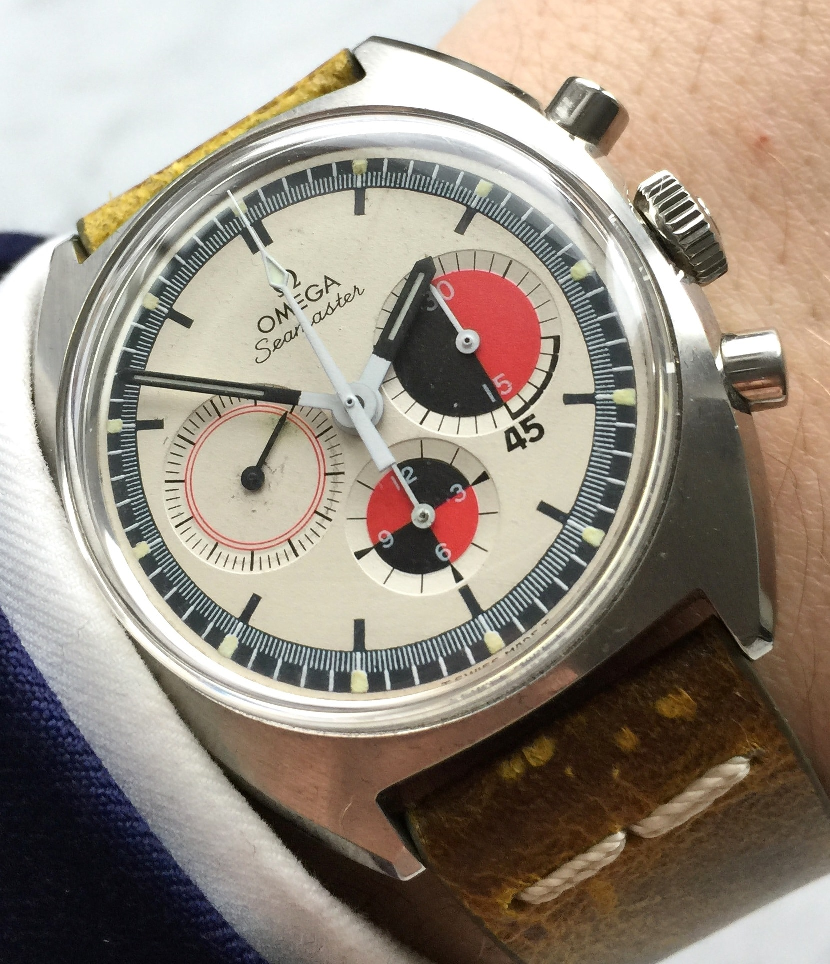 Omega Seamaster Soccer Vintage Chronograph with green strap