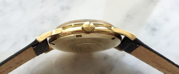 Beautiful Vintage Omega Constellation Automatic Solid Gold
