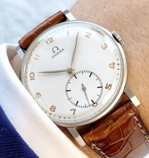 White 30t2 Omega Oversize Jumbo Vintage