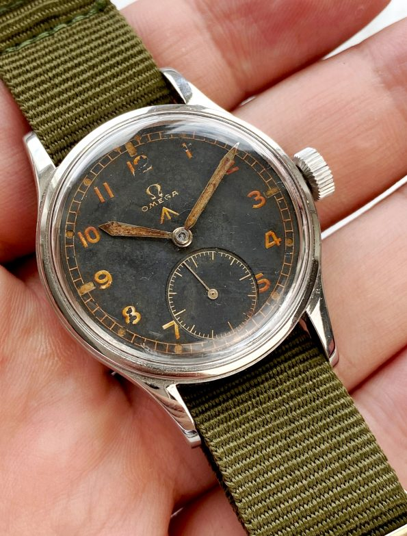 WITH EXTRACT Omega RAF Dirty Dozen Military 1945