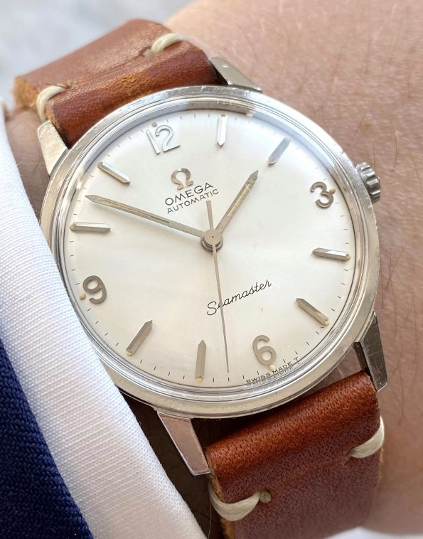 Explorer Dialed Omega Seamaster Automatic No Date Steel