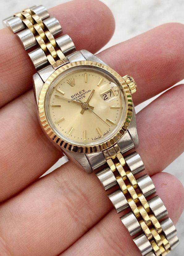 Beautiful Rolex Datejust Steel Gold Lady 26mm 6917