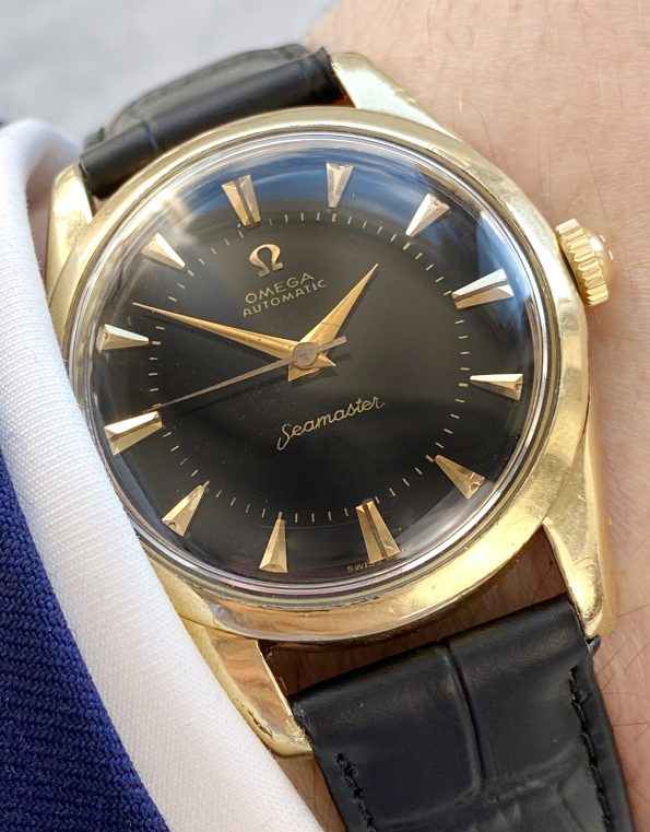 BIG SEAHORSE Omega Seamaster Automatic Black restored Dial