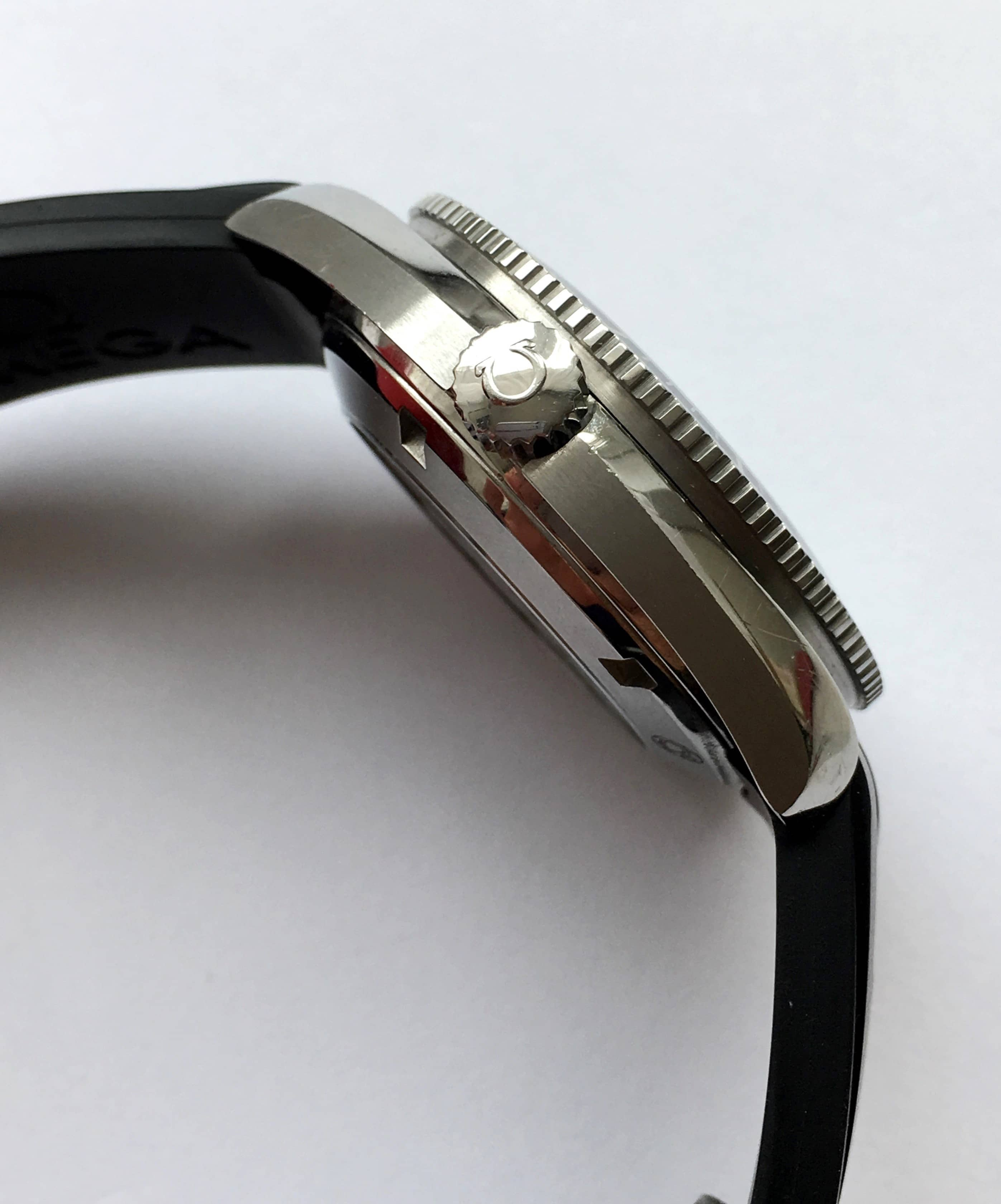 how to set time on omega seamaster