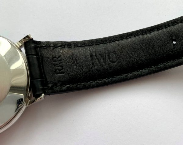 Perfect 35mm Vintage IWC Automatic with Extract of Archieves