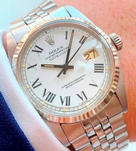 [:en]Vintage Rolex Datejust 1601 Refurbished Dial Roman Numerals[:de]Vintage Rolex Datejust 1601 restauriertes Ziffernblatt mit römischen Ziffern[:]