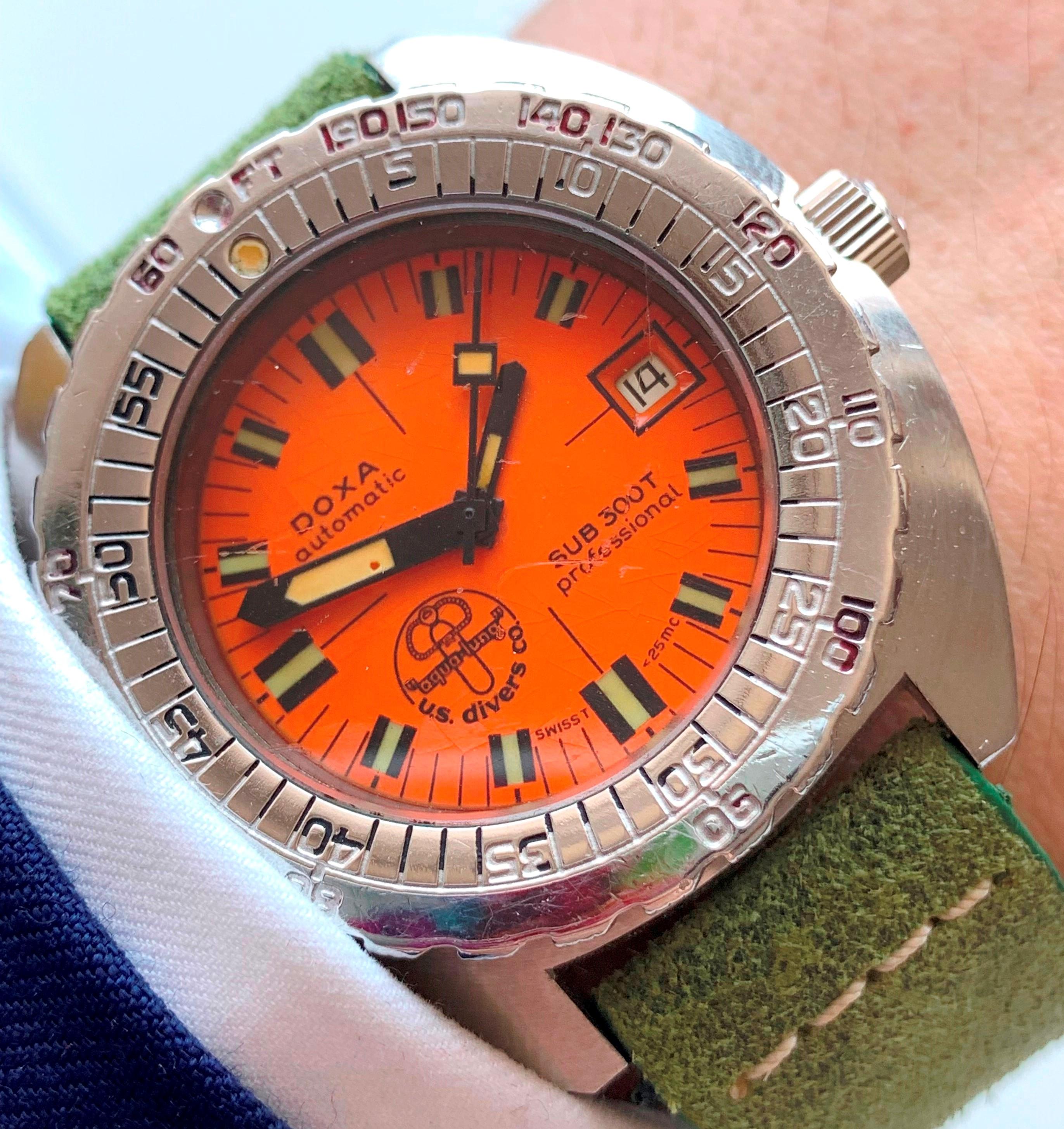 Doxa Sub 300T Diver Watch Vintage US Aqua Lung Special Edition