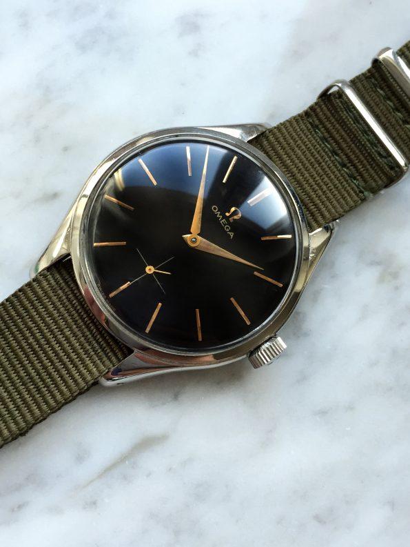 Vintage Omega Handwinding JUMBO ref 2505 with unrefurbished black dial