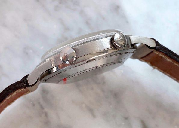 LAUTE Vintage Jaeger LeCoultre Wrist ALARM Memovox Edelstahl 37mm