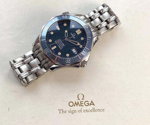 Vintage Omega Seamaster 300 Diver Automatic 41mm James Bond