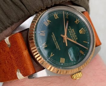 [:en]Eye Catching Rolex Datejust with restored Green Roman Numeral Dial[:de]Tolle Rolex Vintage Datejust mit grün restauriertem Ziffernblatt Stahl/Gold[:]