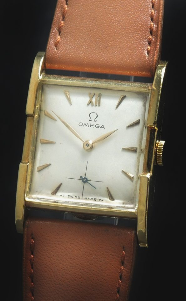 Wonderful Ladies Lady ART DECO Omega in Solid Gold