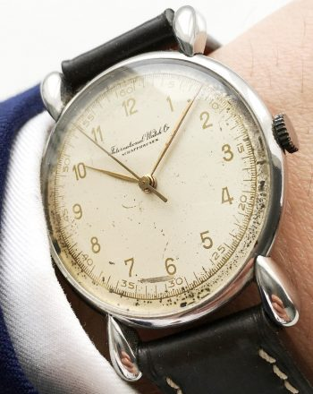 Vintage IWC Center Second fluted lugs 35mm watch