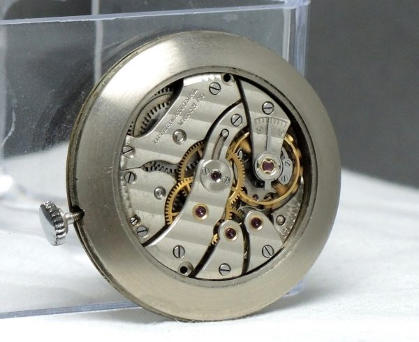 Investment grade Vintage IWC Center Second Teardrop Lugs 35mm