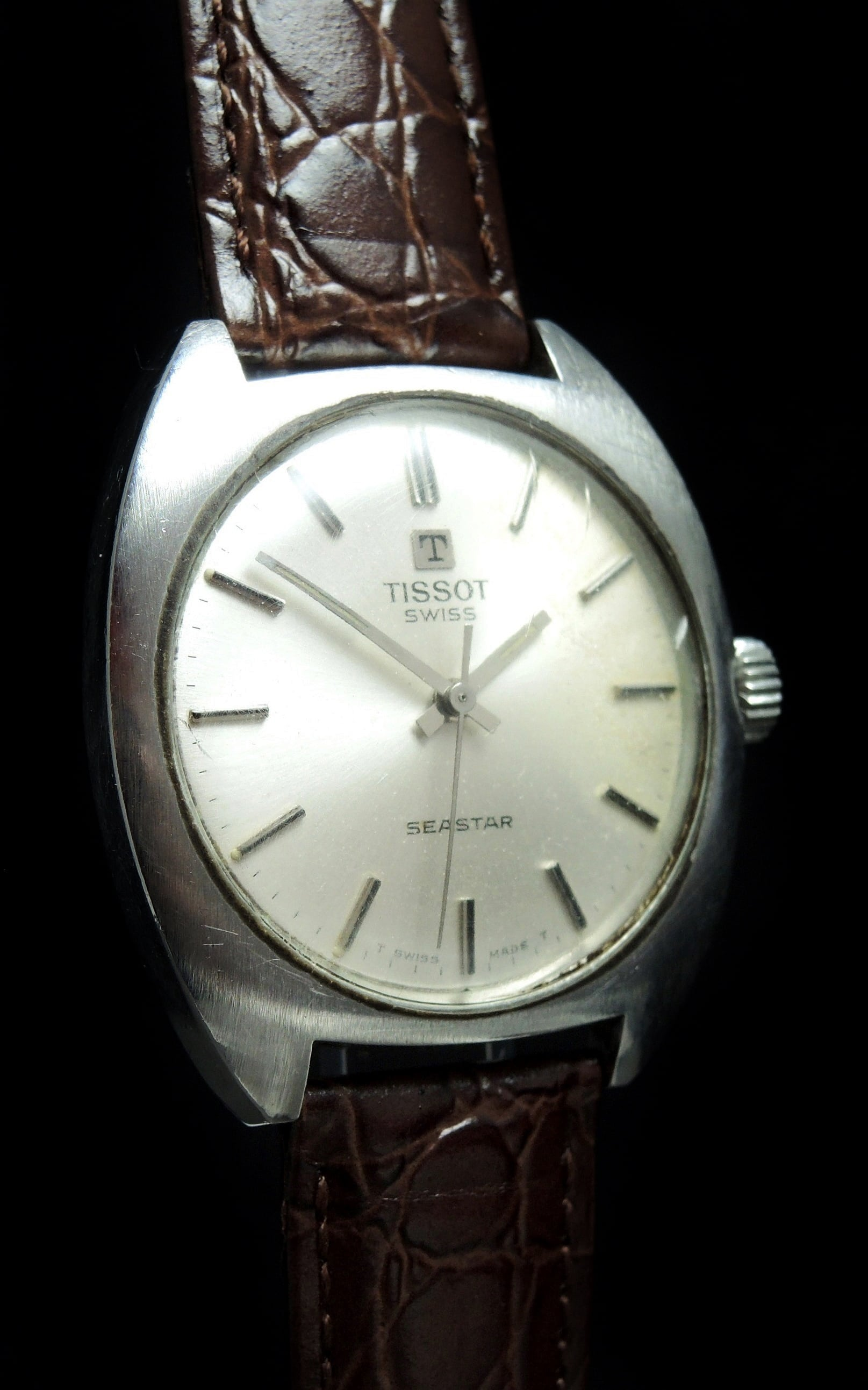 Tissot seastar vintage 37mm oversize jumbo vintage portfolio for Celebrity tissot watches