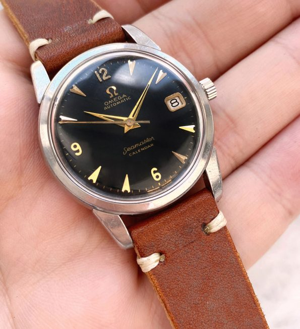 Beautiful Omega Seamaster Automatic Vintage Black Restored Dial Calendar Date