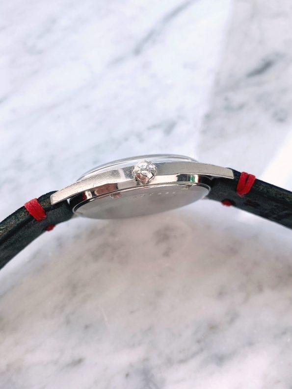 Restored Black Dial Vintage Omega Geneve Handwinding 135.041